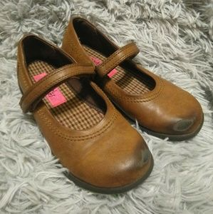 Other - GIRLS SHOES | Brown Size 1 MaryJanes!